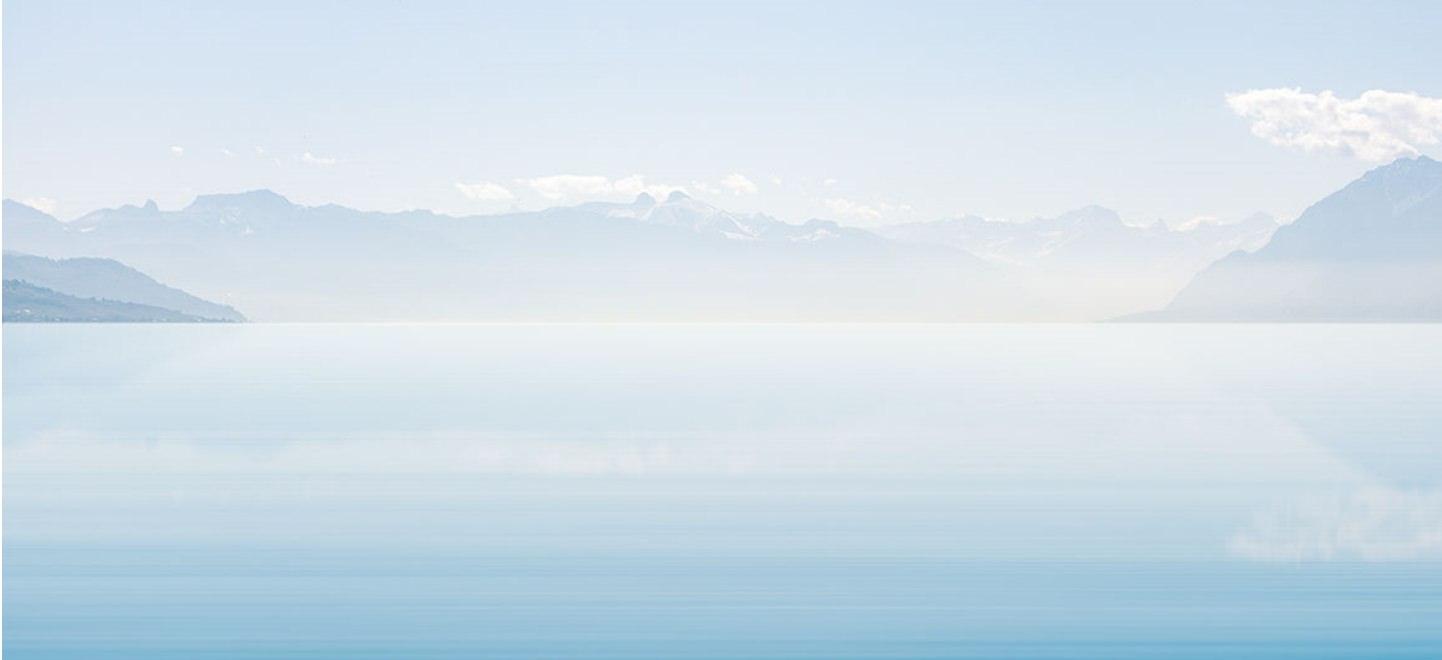selection - fond lac bleu clair