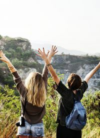 amis en montagne